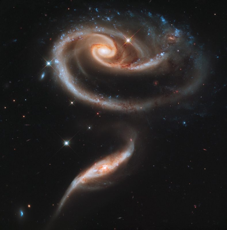 galaxies-597905_1280-spiral-dance